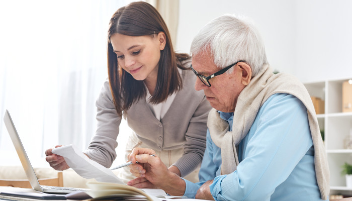 Managing Bills and Expenses for a Sick or Aging Parent: What Michigan Families Need to Know